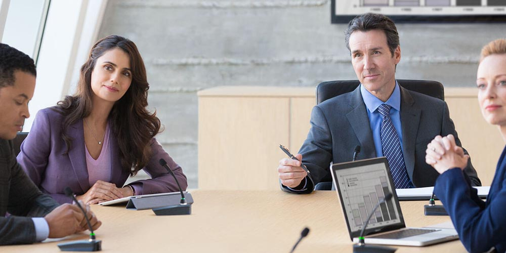 Choosing the Right Mic for Meetings, Presentations and Video Conferencing