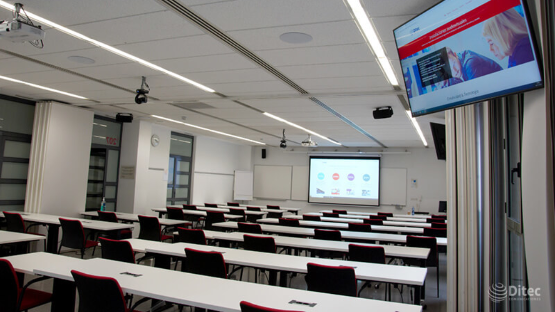 Microflex Ecosystem Provides High Quality Audio for Hybrid Learning at the UPF