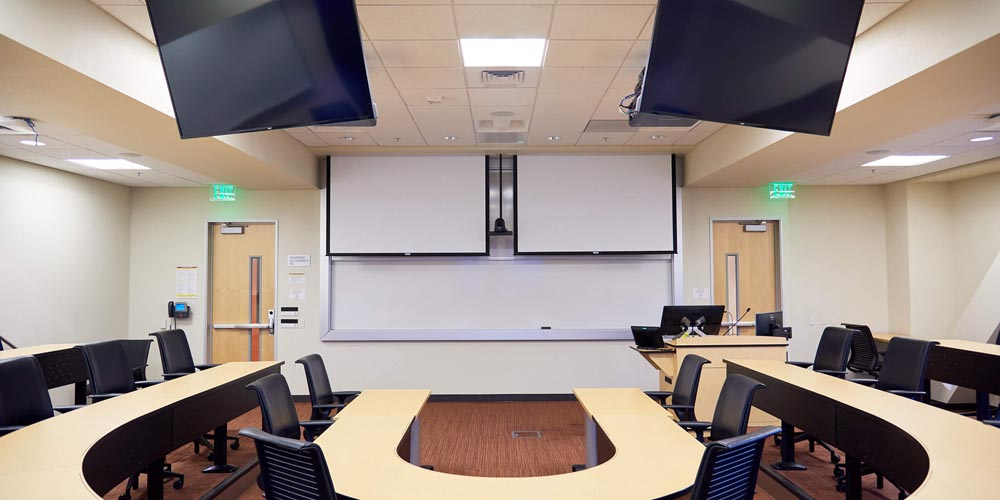 Santa Clara University Refreshes Graduate School of Business Classrooms with Shure Microflex® Advance™