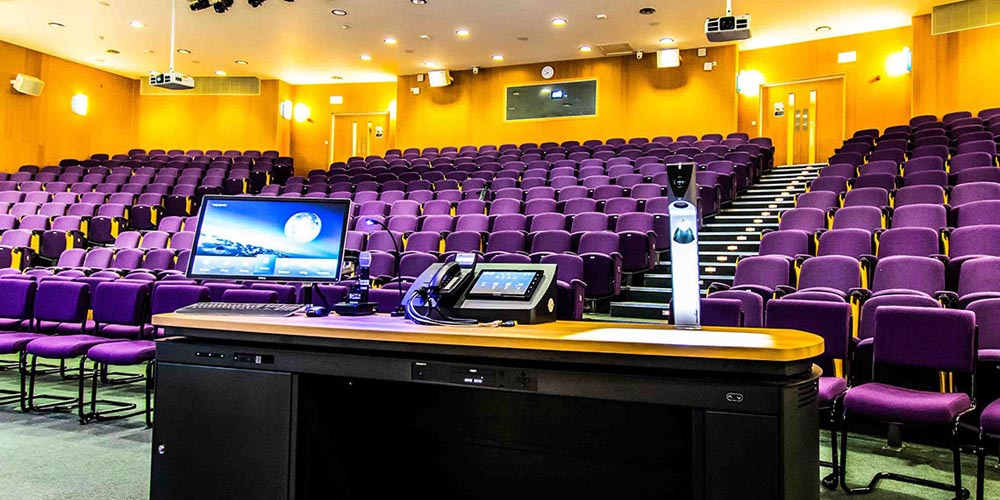 Surrey Business School selects Shure Microflex® Wireless Solutions