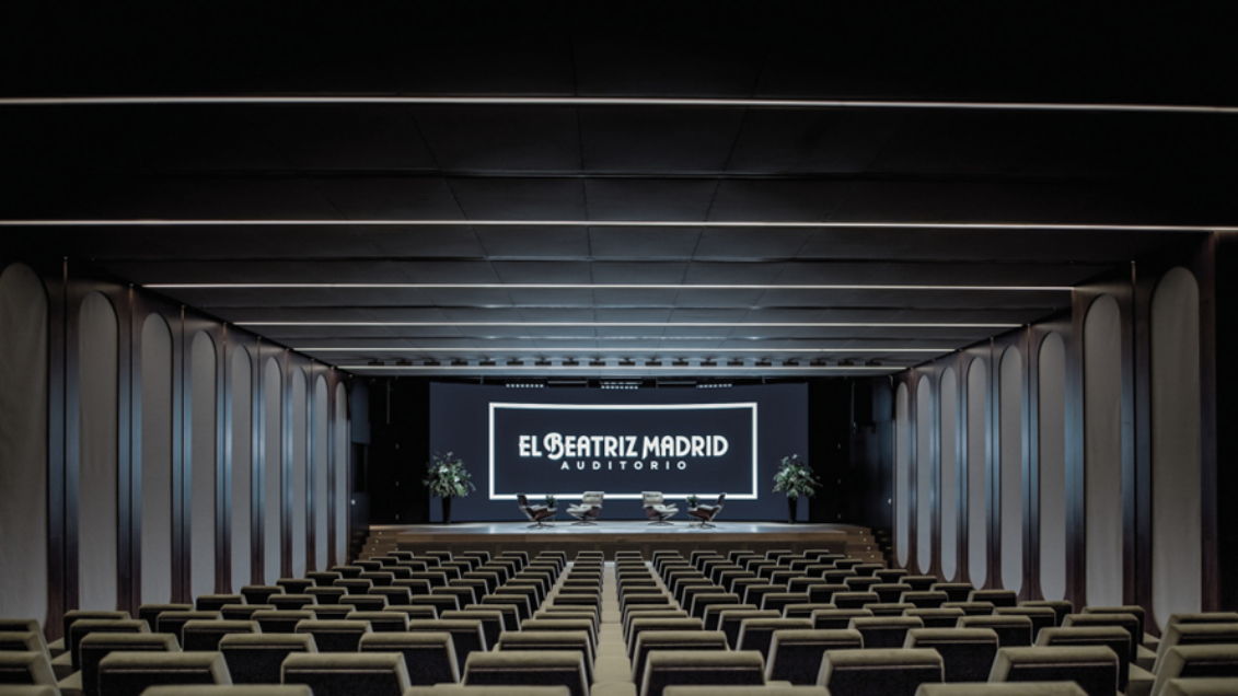 Upgrade des El Beatriz Auditoriums in Madrid mit Shure QLX-D® und dem Microflex® Complete Digital Conferencing System
