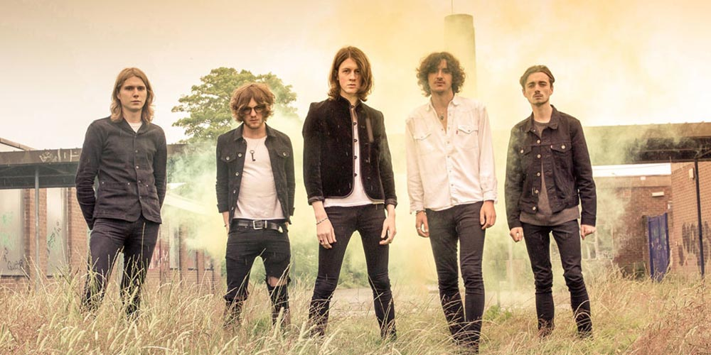 Blossoms choose Shure for live gigs